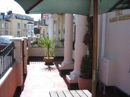 book at Bromley-Luxury-Guest-House-Great-Yarmouth