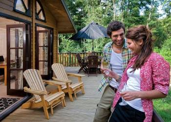 book Fritton-Lake-Holiday-Lodges-Norfolk