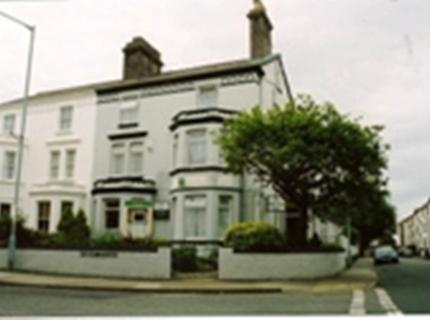 book a stay at Corner-House-Hotel-Great-Yarmouth-Norfolk