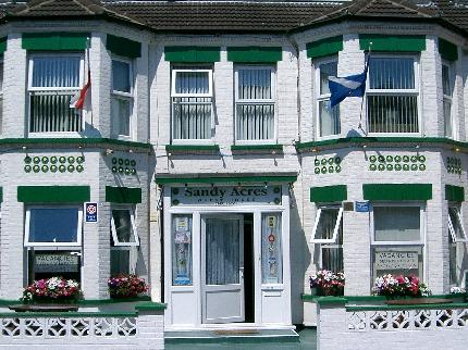book at Sandy-Acres-Guesthouse-in-Great-Yarmouth-Norfolk