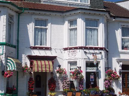 book a t stay at Shrewsbury-Guest-House-Great-Yarmouth-Norfolk