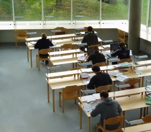 studying-4-641179-m